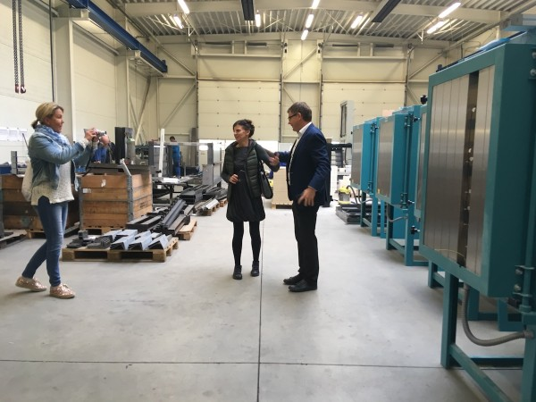 """Warsaw specialist trade partner """"Ceramiq"""" on a visit to the ROHDE plant"""
